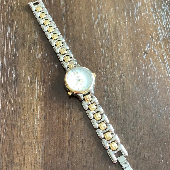 Timex Accessories - Timex Indiglo Watch